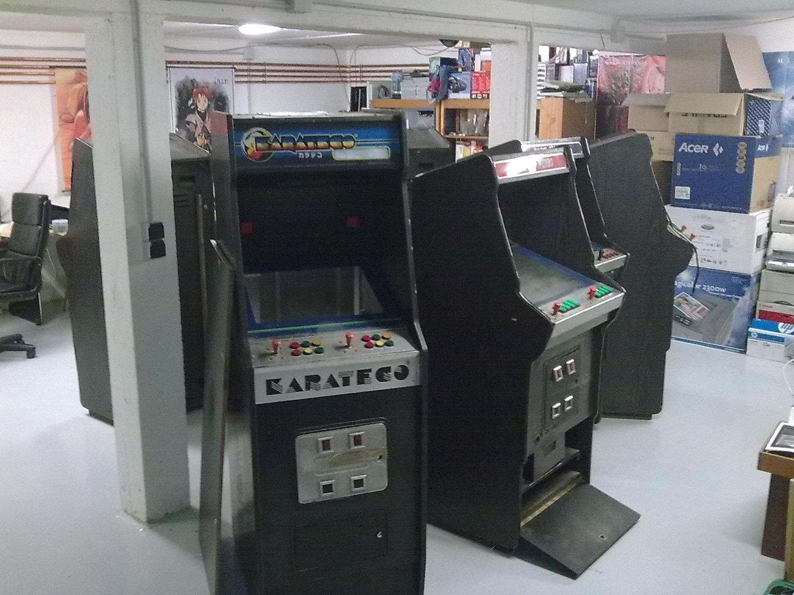 borne arcade karateco